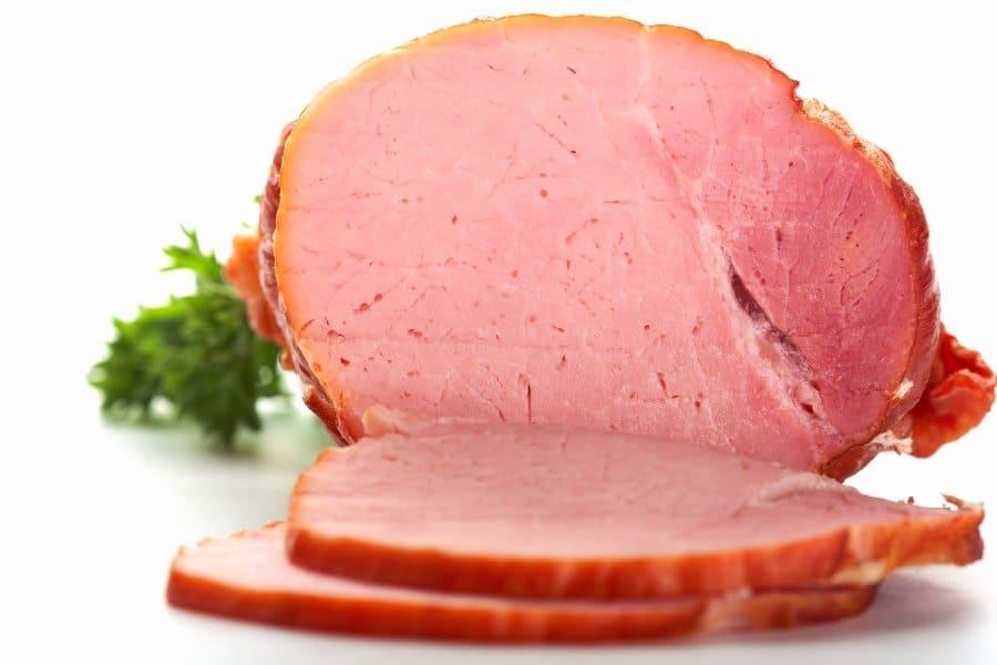 ham sliced with garnish